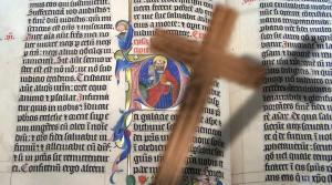 """Der Glaube der Bibel-Fundamentalisten der """"12 Stämme"""" (Bild: gemeinfrei / Montage: L. A. Fischinger)"""