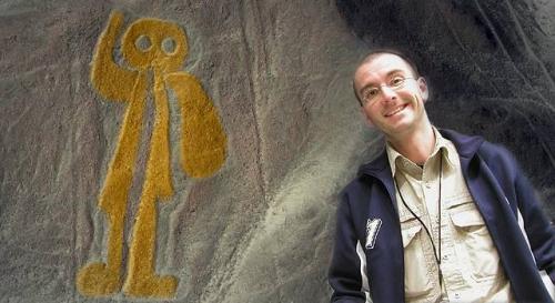Dr. Mark Benecke über Erich von Däniken und die Prä-Astronautik (Bild: Büro E. v. Däniken / WikiCommons/gemeinfrei)