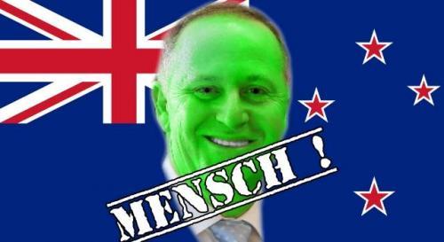 Offiziell: Neuseelands Premier John Key ist kein Alien-Reptoid (Bilder: WikiCommons / gemeinfrei)