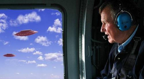 Ex-Präsident George W. Bush zur Frage nach der Wahrheit über UFOs ()Bild: gemeinfrei/WikiCommons / Montage: L.A. Fischinger)