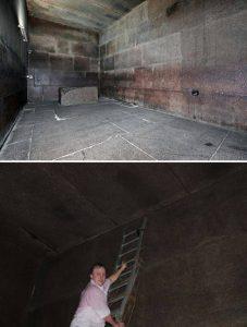 """Eindrücke aus der Königskammer - sie ist alles andere als """"zierlich"""". Auf der Leiter zu sehen ist Dr. Dominique Görlitz; bekannt durch das """"Cheops-Projekt"""".<span style=""""color: #999999;"""">(Bild: L. A. Fischinger / D. Görlitz)"""