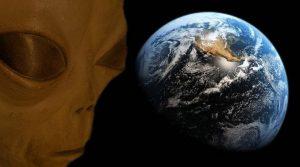 Ein Physiker behauptet: Wir werden niemals Kontakt mit Aliens haben: Die Außerirdischen löschen sich alle selber aus! Tatsächlich?(Bild: L. A. Fischinger / NASA / Montage: L. A. Fischinger)