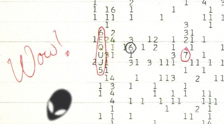 """Die drei besten Hinweise, dass wir von Aliens beobachtet werden: hier das """"WOW-Signal"""" von SETI aus dem Jahr 1977 (mit Alien-Kopf) (Bild: WikiCommons/gemeinfrei / Bearbeitung: L. A. Fischinger)"""