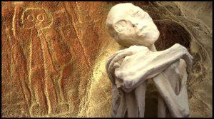 """Die Alien-Leichen von Nazca in Peru: Ist der """"Spaß"""" um Alien-Mumien bald vorbei? (Bilder: Gaia.com / Screenshots YouTube / WikiCommons)"""