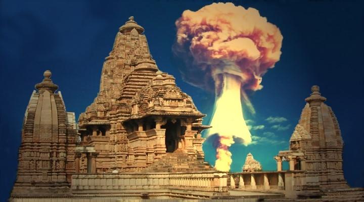 Hinweise in Alten Texten: Gab es schon vor Jahrtausenden Atombomben-Explosionen im Alten Indien? (Bilder: gemeinfrei / Montage: Fischinger-Online)