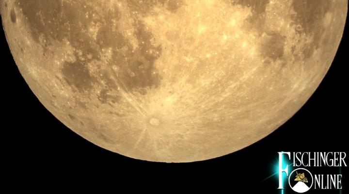 """Das Ende der Welt ist ausgeblieben - kein Problem: Hinter dem """"Fake-Mond"""" versteckt sich das Ende der Menschheit (Bild: NASA)"""