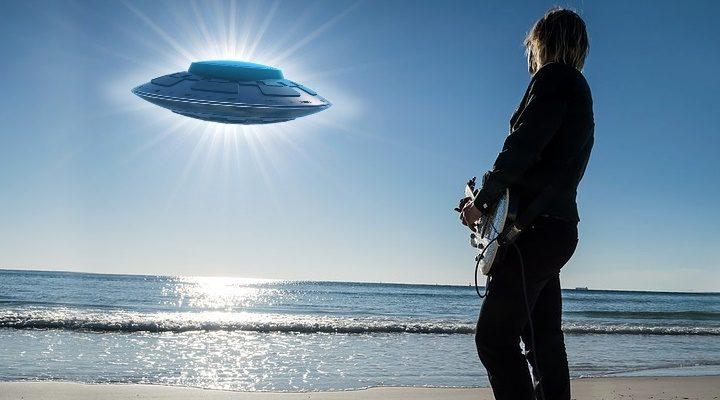 Superstar Robbie Williams will in einer eigenen Alien-Dokumentation über seine UFO-Erfahrungen berichten
