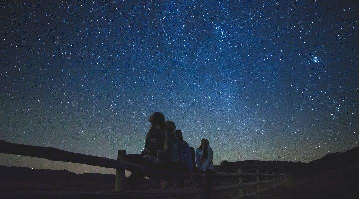 Warum es uns alle unendlich viele Male im Universum gibt