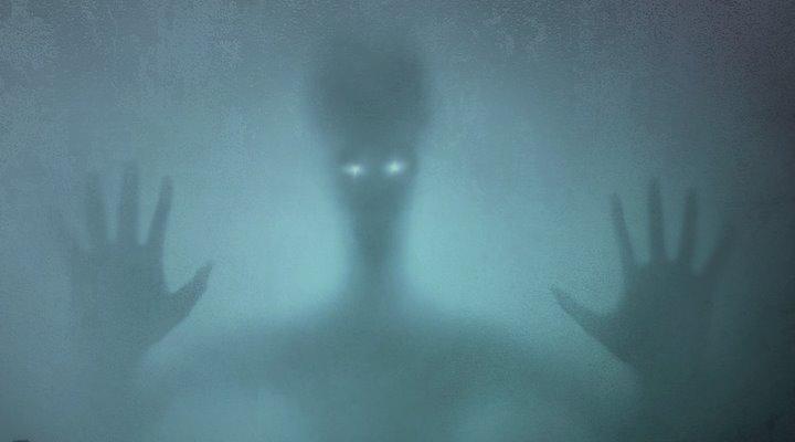Paranormales im 19. Jahrhundert: das Spukhaus von Dublin (Bild: PixyBay/gemeinfrei / Bearbeitung: Fischinger-Online))
