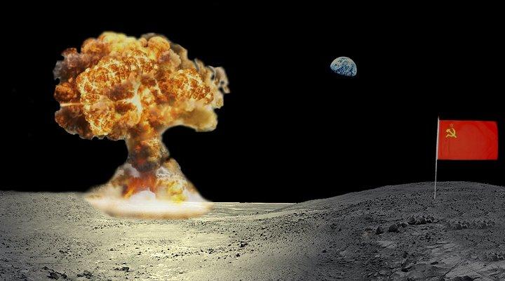 Geheime Mondlandungen, Schüsse auf dem Mond und Atombomben auf Alien-Basen: Seltsames aus der UFO-Forschung (Bilder: PixaBay/gemeinfrei / Montage: Fischinger-Online)