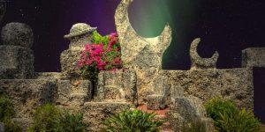 """ARTIKEL: Das Monument """"Coral Castle"""" von Edward Leedskalnin in den USA - Angeblich durch Antigravitation erbaut (Bilder: PixaBay/gemeinfrei / Montage: Fischinger-Online)"""