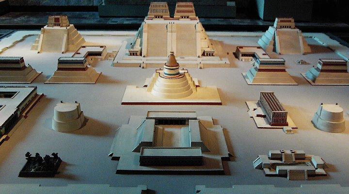 Das Allerheiligste im Zentrum von Tenochtitlan – Der sagenhaften Hauptstadt der Azteken (Bild: Fischinger-Online)