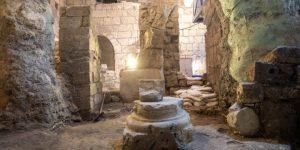 2000 Jahre alte unterirdische Kammern unweit der Klagemauer in Jerusalem entdeckt! (Bild: E. Salman)