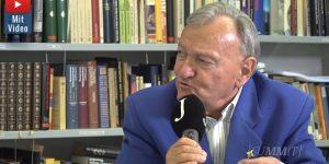 Erich von Däniken im Video-Interview - Über Verluste in Corona-Zeiten, seinen 85. Geburtstag und die Außerirdischen (Bild: Screenshot Jungfrau Zeitung)