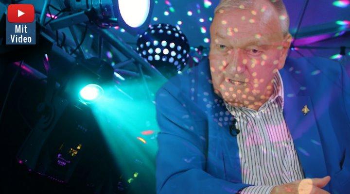 """""""Italo Disco - Erich von Däniken"""": Der Prä-Astronautik-Autor hat es in die elektronische Popmusik geschafft (Bilder: PixaBay/gemeinfrei & E. v. Däniken / Montage: Fischinger-Online)"""