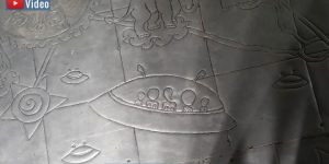 Darstellungen von UFOs und Aliens im 500 Jahre alten Silber-Tempel Wat Sri Suphan in Thailand! Doch warum?