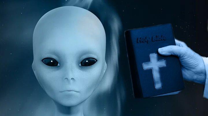 """Wenn aus """"Ausländern"""" in der Bibel """"Außerirdische"""" werden: Ein verrücktes Netzfundstück (Bilder: gemeinfrei / Montage: Fischinger-Online)"""
