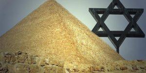 Sollen wirklich die Juden die Cheops-Pyramide gebaut haben? Doch wer kommt warum auf diese Idee? (Bilder: gemeinfrei / Montage: Fischinger-Online)