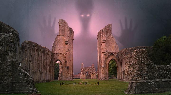 Die angeblichen Geister der toten Mönche von Glastonbury - helfen einem Archäologen (Bilder: gemeinfrei / Montage: Fischinger-Online)