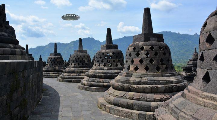 """Aus Respekt vor Corona-Opfern: """"UFO-Tag"""" in Indonesien abgesagt (Bilder: gemeinfrei / Montage: Fischinger-Online)"""