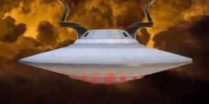 Dämonen stecken hinter dem UFO-Phänomen - und vielleicht in die Wissenschaft des Dämons eingeweihte Menschen (Bilder: gemeinfrei / Montage: Fischinger-Online)